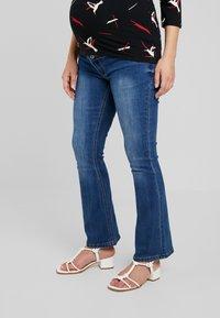 ohma! - HIGH BELLY - Bootcut jeans - light indigo - 0
