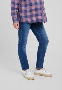 ohma! - HIGH BELLY - Jeans Straight Leg - light indigo - 0