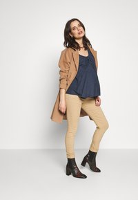 ohma! - BASIC TWILL TROUSER HIGH BELLY - Trousers - camel - 1