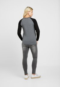 ohma! - WITH CONTRAST ZIPPERS - Langarmshirt - grey - 2