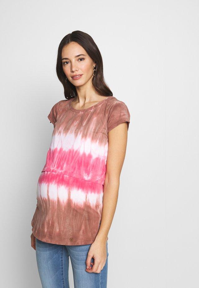 NURSING TIE DYE - T-shirt con stampa - fuxia