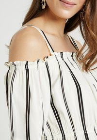 ohma! - STRIPPED BLOUSE WITH DETACHABLE STRAPS - Bluser - white/black - 5