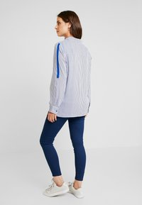 ohma! - STRIPED WITH TAPE ON SLEEVES - Bluse - navy - 2