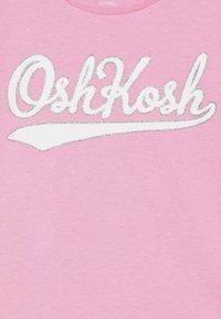 OshKosh - KIDS STRIPE SLEEVE LOGO TEE - Camiseta estampada - pink - 3