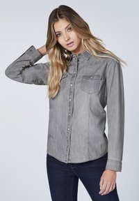 Oklahoma Jeans - MIT ZWEI BRUSTTASCHEN - Button-down blouse - charcoal grey - 0