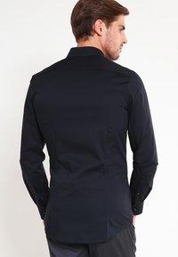 OLYMP - OLYMP NO.6 SUPER SLIM FIT - Finskjorte - schwarz - 2