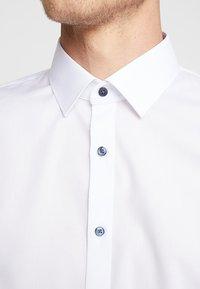 OLYMP - Formal shirt - white - 5