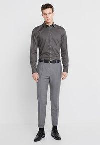 OLYMP - SUPER SLIM FIT - Formal shirt - greygreen - 1