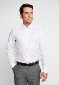 OLYMP - OLYMP LEVEL 5 BODY FIT  - Camicia elegante - schwarz - 0