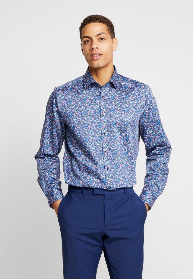 OLYMP LEVEL 5 BODY FIT  - Business skjorter - blue