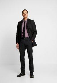OLYMP - SUPER SLIM - Formal shirt - rot - 1