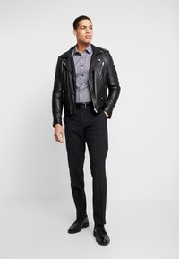 OLYMP - OLYMP NO.6 SUPER SLIM FIT  - Camicia elegante - schwarz - 1