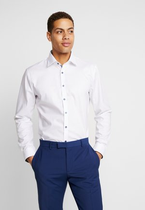 OLYMP NO.6 SUPER SLIM FIT  - Camicia elegante - weiß