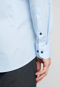 OLYMP - OLYMP NO.6 SUPER SLIM FIT  - Formální košile - blue - 5