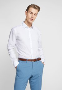 OLYMP - OLYMP NO.6 SUPER SLIM FIT  - Camicia elegante - white - 0
