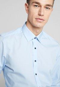 OLYMP - OLYMP LEVEL 5 BODY FIT  - Zakelijk overhemd - blue - 3