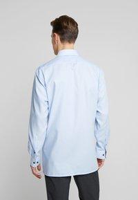 OLYMP - OLYMP LUXOR MODERN FIT - Formální košile - bleu - 2