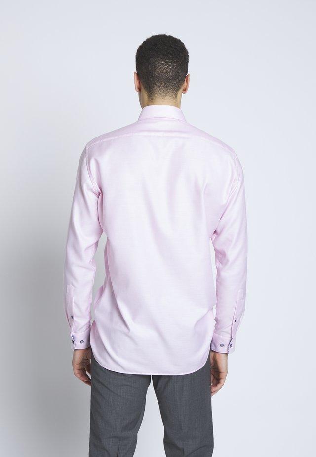 OLYMP LUXOR MODERN FIT - Skjorta - rose