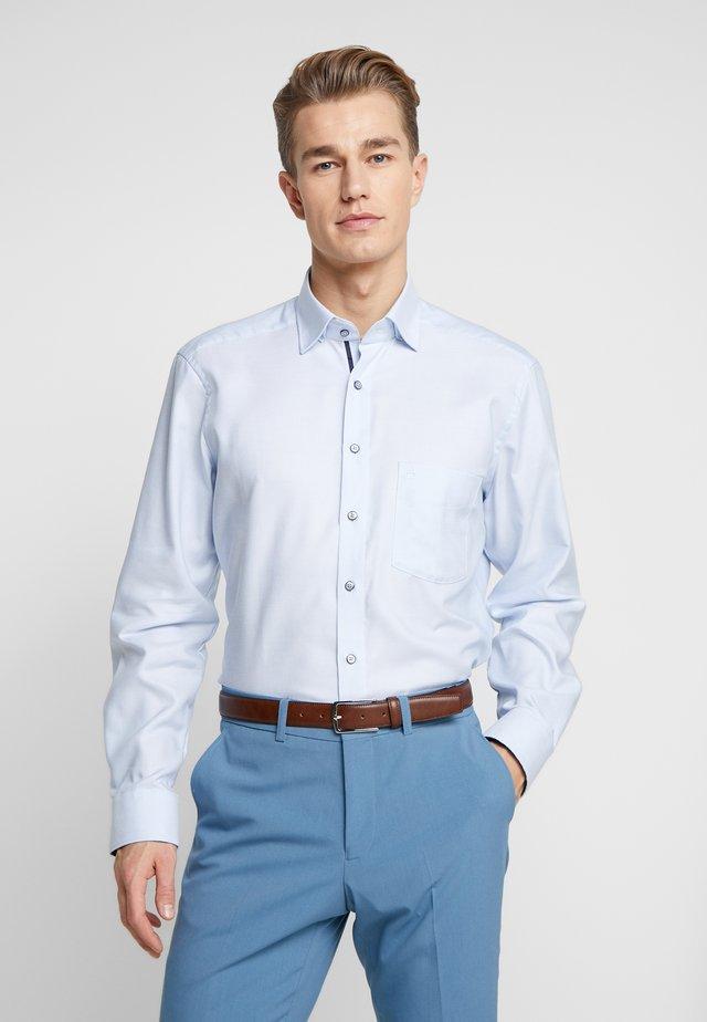 OLYMP LUXOR MODERN FIT - Skjorter - bleu