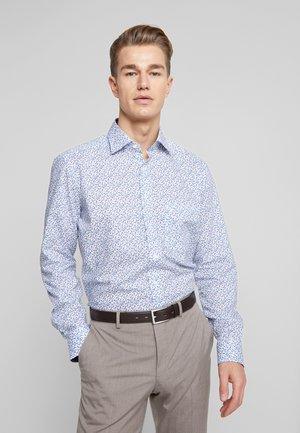 OLYMP LUXOR MODERN FIT - Overhemd - nougat