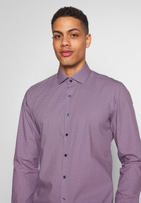 OLYMP - OLYMP LEVEL 5 BODY FIT  - Camicia - rose - 5