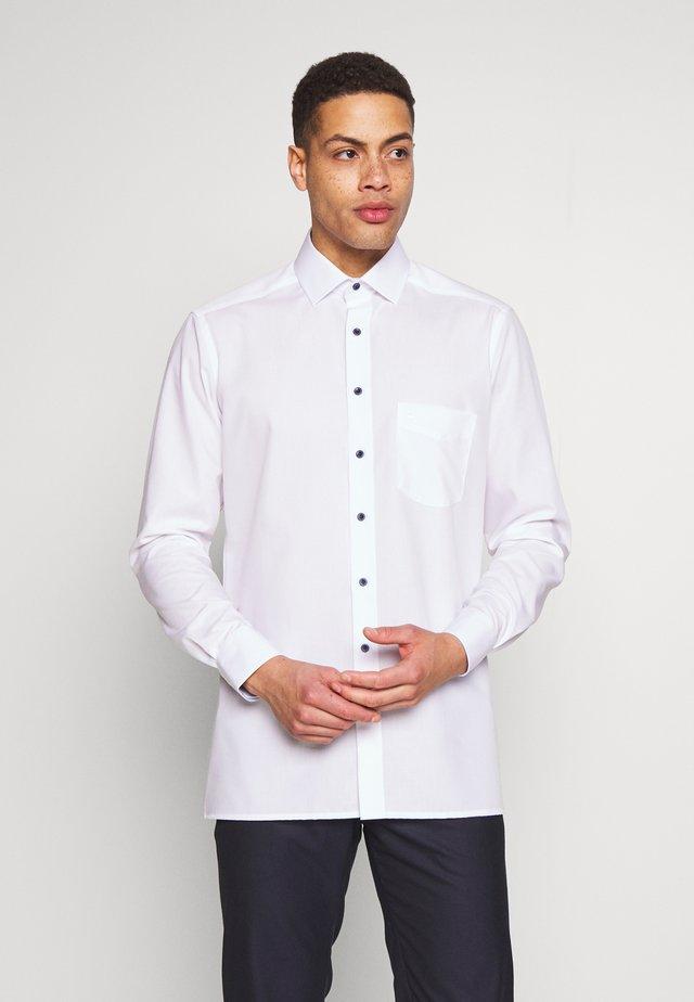 OLYMP LUXOR PLUS  - Formální košile - weiss