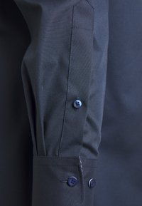 OLYMP - OLYMP LUXOR COMFORT FIT - Camicia elegante - black - 2