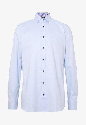 OLYMP LEVEL 5 BODY FIT  - Camicia elegante - hellblau