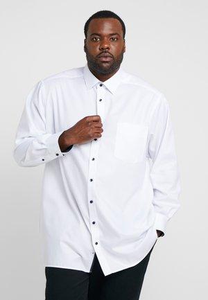 COMFORT FIT - Formal shirt - weiß