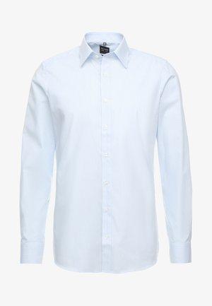 BODY FIT - Zakelijk overhemd - light blue