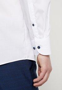 OLYMP - Formální košile - weiss - 5