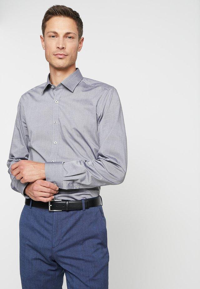 REGULAR FIT - Koszula biznesowa - schwarz