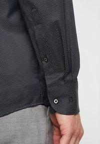 OLYMP - Formální košile - black - 5