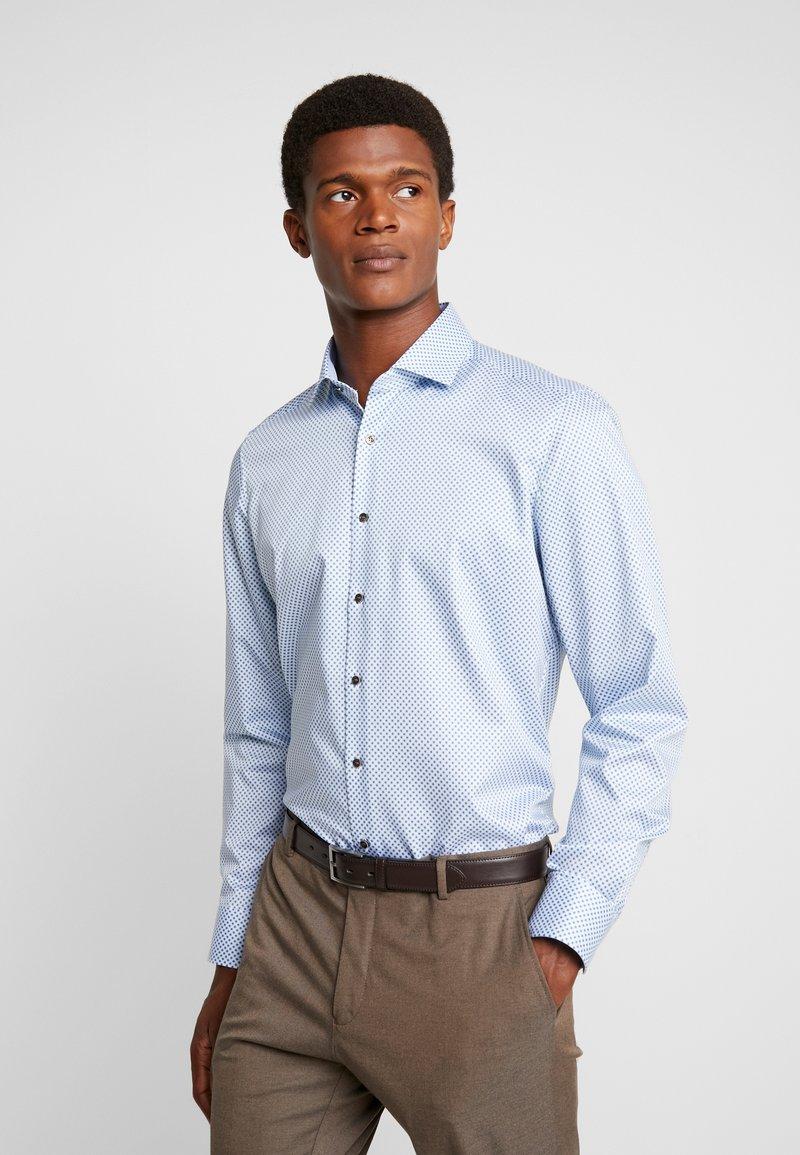 OLYMP - Skjorte - light blue/white