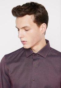 OLYMP - BODY FIT - Shirt - dunkelrot - 3