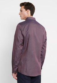 OLYMP - BODY FIT - Shirt - dunkelrot - 2