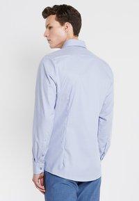 OLYMP - OLYMP LEVEL 5 BODY FIT - Formal shirt - rauchblau - 2