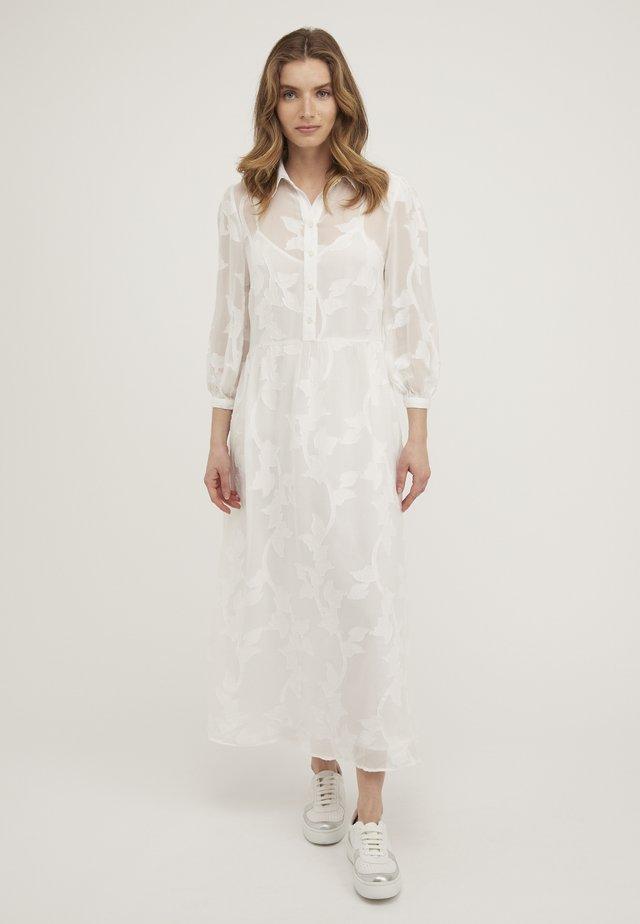FLORAL - Robe longue - white