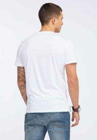 Oldskull - OLDSKULL T-SHIRT PRINT - T-shirt imprimé - white - 2