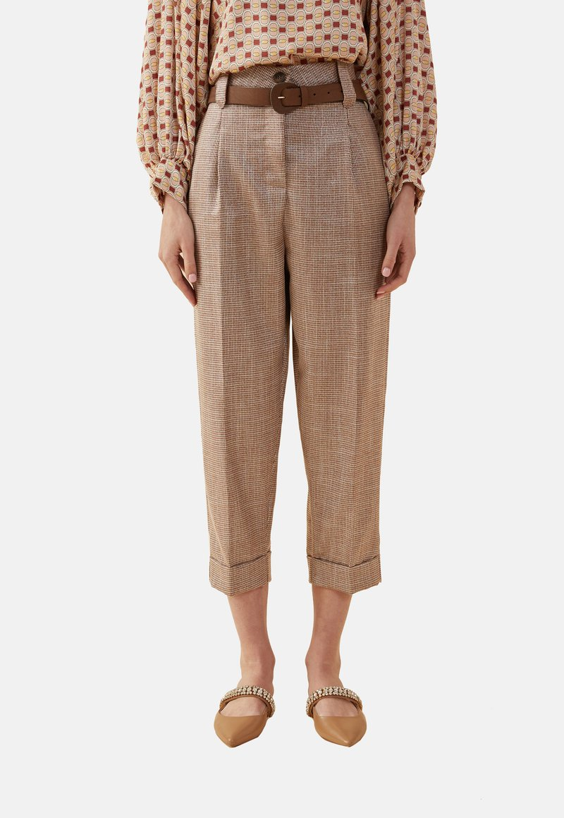 Oltre - Trousers - brown