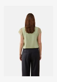 Oltre - MIT SPITZE - Blouse - green - 2