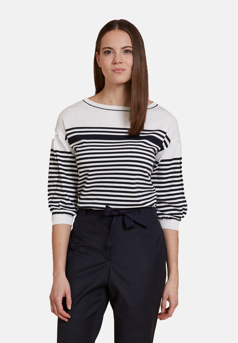 Oltre - Sweatshirt - White/black