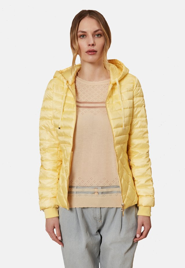 PLUMÍFERO LIGERO  - Light jacket - yellow