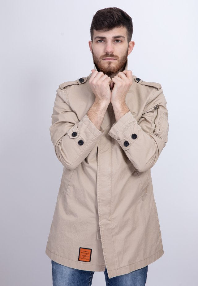 CARCOAT - Trench - beige