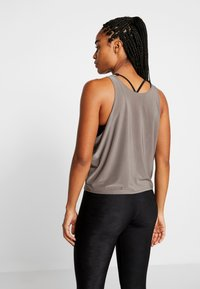 Onzie - TONE TANK - Top - metal - 2