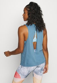 Onzie - SLIT BACK TANK - Top - pewter - 2
