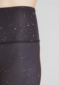 Onzie - HIGH RISE GRAPHIC MIDI - Tights - solstice - 5