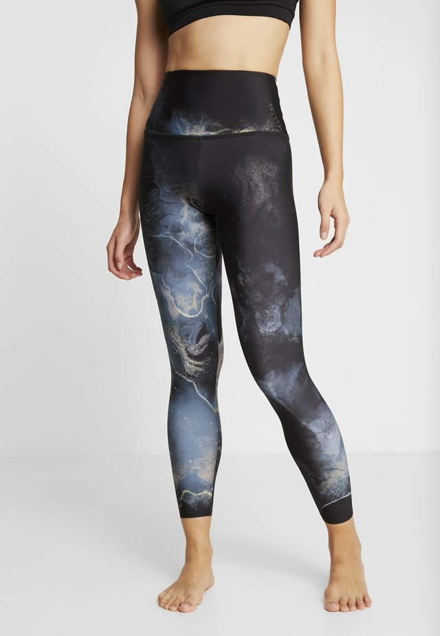 HIGH RISE GRAPHIC MIDI - Leggings - element