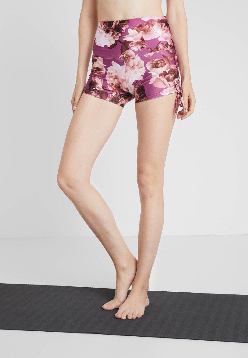 Onzie - LA COQUETA - Punčochy - gardenia