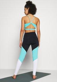 Onzie - HIGH RISE TRACK LEGGING - Leggings - black/cabo blue/white - 2